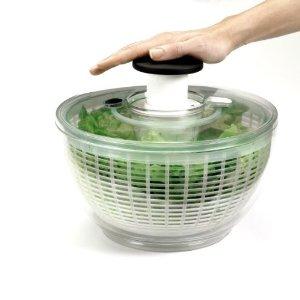 essoreuse à salade OXO à piston