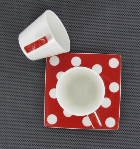 tasse à café à pois Bruno Evard