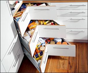 Tiroirs d 39 angle for Accessoire meuble angle cuisine